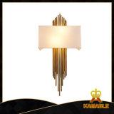 De moderne Lamp van de Muur van het Brons van het Plateren van het Metaal (GD18118W)