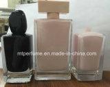 Bouteille de parfum en verre Polished de main avec l'intérieur coloré