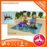 La sosta esterna dell'acqua della piscina scherza i giocattoli della girobussola dell'acqua