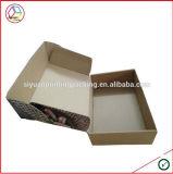 La caja de embalaje de la cartulina con insignia modificó para requisitos particulares