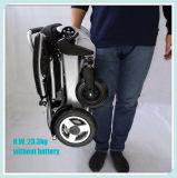 6 molto piccoli pieghevoli e sedia a rotelle portatile di potere