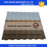 Mattonelle di tetto rivestite del metallo della pietra della sabbia di colore di Reistant del buon tempo, tipo classico mattonelle di tetto rivestite del metallo della pietra