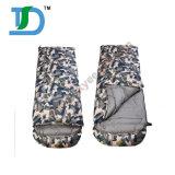 卸し売りカムフラージュの屋外の寝袋をハイキングする厚い寝袋キャンプ袋