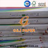 Diferentes tamaños de papel NCR para la producción de libros de recibos