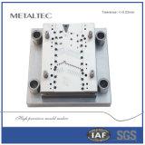 Piezas de metal personalizadas Estampación progresiva mueren, molde de alta precisión para la parte de automóvil