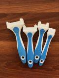 Maneta plástica del cepillo de pintura del color azul