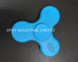 Синь подарка игрушки фокуса Adhd гироскопа перста руки EDC обтекателя втулки непоседы зарева Bluetooth СИД