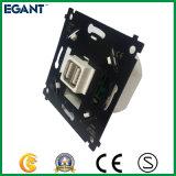 soquete da corrente eléctrica da C.C. da C.A. 100-240V com o carregador 5V 2.1A do USB 2