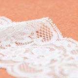 Garniture de lacet de crochet de vente en gros de la Chine pour la robe de mariage de dames