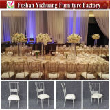 Neue Art 2017 und heißer verkaufengold-und weißerstapelnder Gaststätte-Hotel-Bankett Chiavari Stuhl für Hochzeit und Ereignis und Partei (YC-D276)
