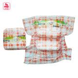 La fábrica de China imprimió el tipo disponible recién nacido 100% del pañal del algodón