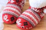 Ботинки ботинок теплых удобных женщин повелительниц связанные зимой крытые