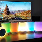 Altofalante portátil sem fio emocional esperto de Bluetooth da lâmpada de tabela do diodo emissor de luz