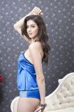 Babydolls sexy de bleu royal de lingerie