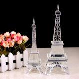 Kristallglas-Eiffelturm-Fertigkeit für Geschenk