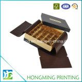 Caixa de chocolate com cartão de presente de luxo para convite de casamento