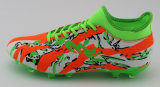 2017 самых новых ботинок футбола с подошвой TPU