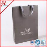 Sacchi di carta impaccanti grigi dell'imballaggio per l'acquisto con il marchio