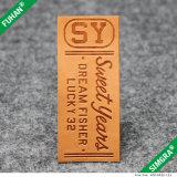 Etiqueta feita sob encomenda do couro da derma das calças de brim para vestuários