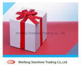 Papier enduit du poids léger 54-58GSM à haute brillance pour l'emballage de cadeau