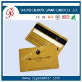 Cartão Shining e real do VIP com painel de assinatura