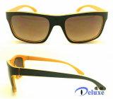 Gafas de sol plásticas del diseñador de la manera con insignia de encargo