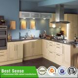 Bestellte Küche-Schrank-Entwurfs-Großverkauf voraus