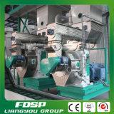 China hizo 2tph la máquina de bambú del molino de la pelotilla para la venta