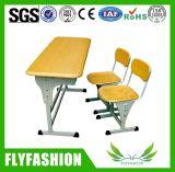 簡単な机および椅子は学生(SF-10D)のためにセットした