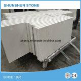 Dessus blanc artificiel de Tableau de pierre de quartz de Calacatta pour des meubles de cuisine