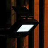 Lumière d'inondation solaire 30 LED High Bright Solar Rechargeable Floodlight avec capteur de mouvement Sécurité Wall Lights