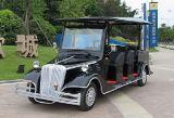 8つの人電気型のゴルフカート