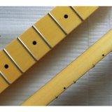 Vintage uma garganta canadense da guitarra do começo do bordo da parte
