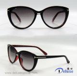 Gafas de sol plásticas de la manera del diseñador a estrenar para las mujeres/señora (DP1261YZ)