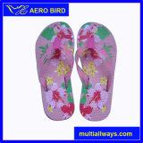 Pattini esterni del sandalo del pistone di EVA di modo dentellare bello per le ragazze