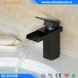 Beelee quente escolhe o Faucet preto retro do dissipador da bacia do punho