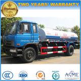 Dongfeng 4X2 6は8000のL糞便の吸引の真空タンクトラックを動かす