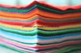 El poliester de DIY sentía la hoja no tejida de la tela para el arte trabajar 42 cuadrados suaves estupendos 5.9*5.9inch, cerca de 1.5m m de los colores grueso,