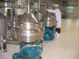 Centrifuge pour séparer les trois phases de l'huile