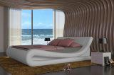 2015 Best-Selling Moderne Elegante Grootte Volwassen Leather Bed van de Koning van het Ontwerp (HCM020)
