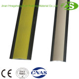 Plastikkeramik-Rand-Bodenbelag-Fliese-Treppe, die mit Aluminiumrahmen riecht