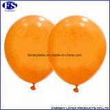 De oranje In het groot Ronde Ballon van de Kleur 2017, de Opblaasbare Ballon van het Helium