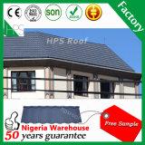 Lo zinco di alluminio ha ondulato le mattonelle di tetto rivestite di pietra del metallo del piatto con l'obbligazione di alta qualità