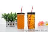 Vaso di vetro con il coperchio di alluminio