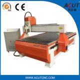アルミニウム表が付いている木製の働くCNCの彫版のルーター機械