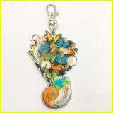 Coroa chapeada prata, coração com a corrente chave do encanto da decoração do saco dos grânulos