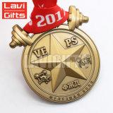 安く刻まれた星形の印刷のマットの金メダル