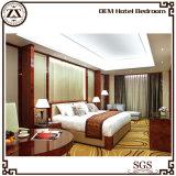 Используемая мебель спальни простынь гостиницы