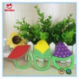 두 배는 유아를 위한 과일 야채 모양 실리콘 Teether 장난감을 착색한다
