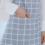 方法調理のための簡単な格子縞の綿の台所エプロン